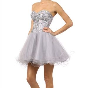 Dresses & Skirts - SEMI AND HOCO SEASON Juliet farewell dress